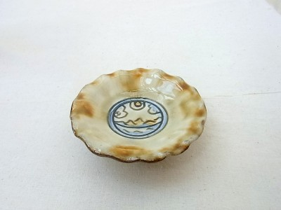 玉城 花弁皿3寸 景色