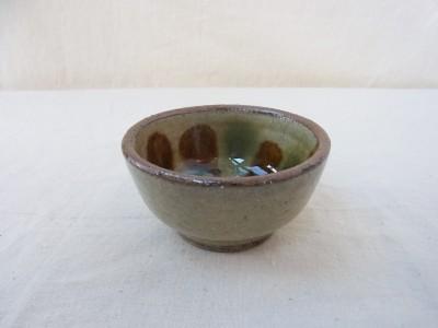 宮城 鉢2.5寸 内三彩