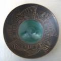 與那 内ペルシャ V皿8寸 マンガン線彫