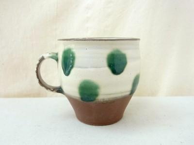 かねき マグカップ 刷毛目緑ドット