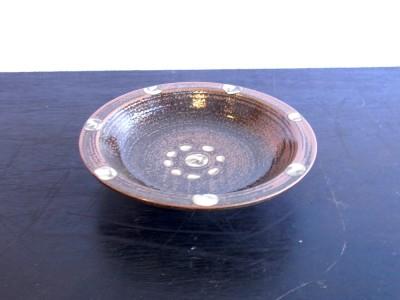 横田 ふち平皿6寸 イッチン 蛇の目なし