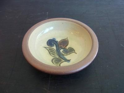 茂生 まんじゅう皿3寸 線彫り 花A