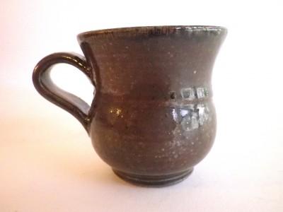 玉城 マグカップ小(茶)